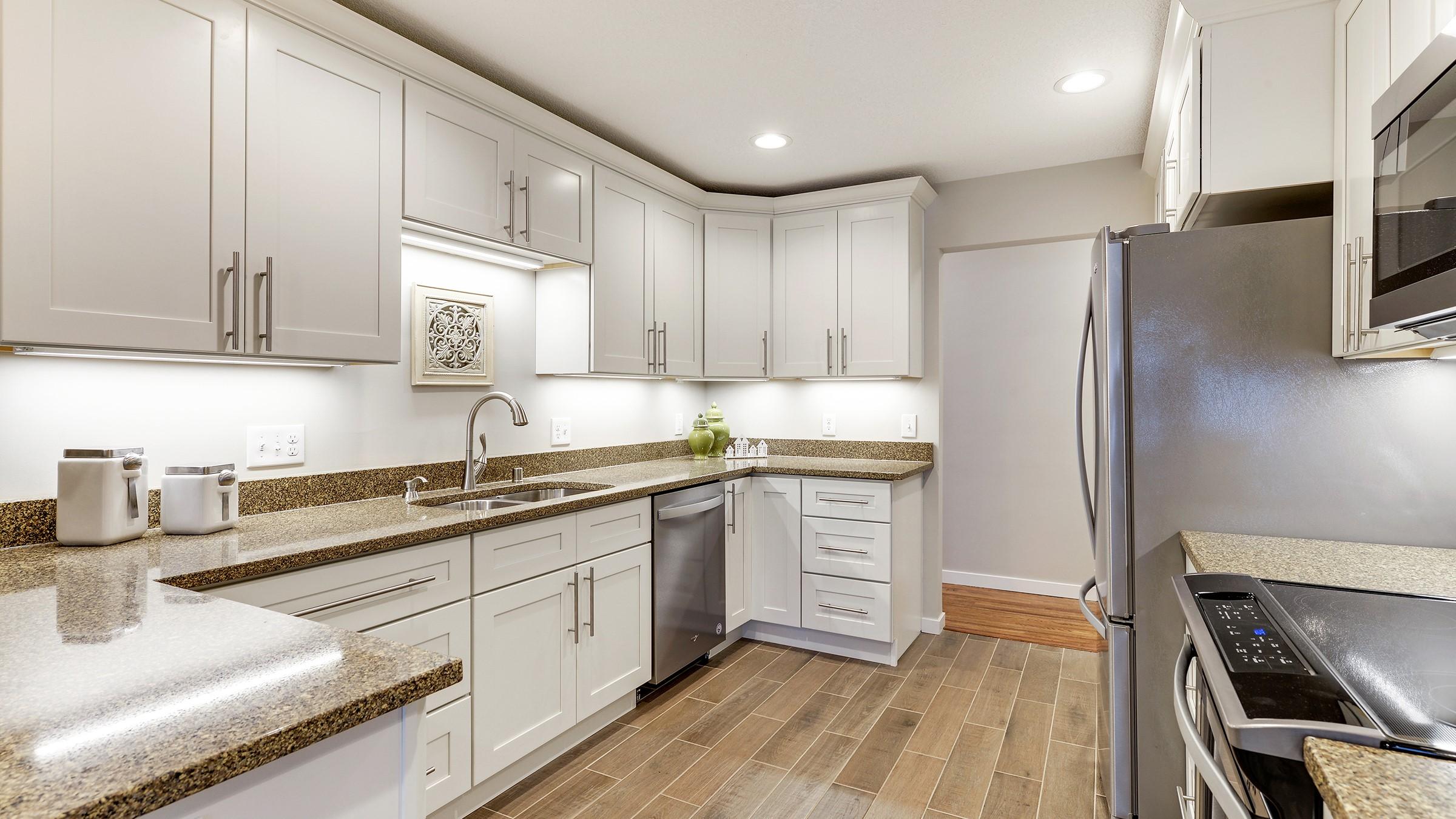 Mercury White Shaker Kitchen